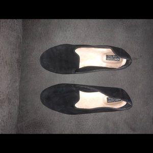 Size 6 simple black flats